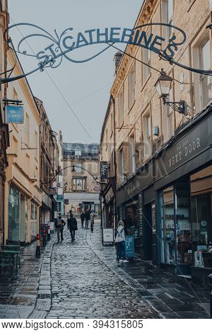 Frome, Uk - October 06, 2020: View Of St Catherines Artisan Quarter Shopping Area In Frome, A Market