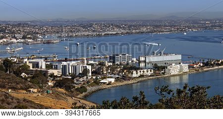 San Diego,ca - November 3,2016:san Diego Closeup View Of High Up Mountain