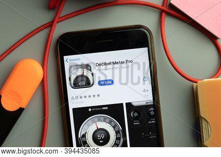 New York, United States - 7 November 2020: Decibel Meter Pro App Store Logo On Phone Screen, Illustr