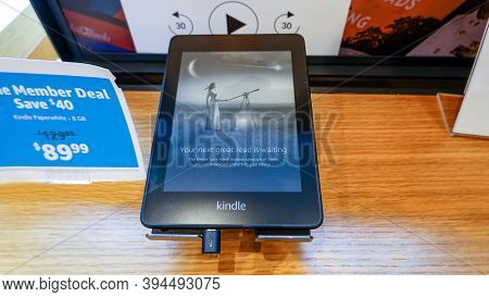 An Amazon Kindle Paperwhite Device On Sale At An Amazon Book Store.