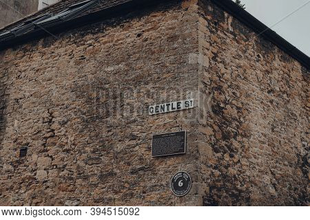Frome, Uk - October 07, 2020: Street Name Sign And Plaque On Gentle Street, A Narrow And Historic St