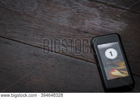 Wireless Queue Calling On Wooden Table At Coffee Shop. Queue Paging Wireless Calling System In A Res