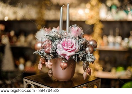 Cute Christmas Flower Arrangement With Flower And Silver Shiny Christmas Tree Toys With Sparkles