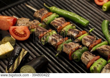 Kebab Varieties Specific To Turkish Cuisine,shish Kebab