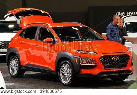 Wilmington, Delaware, U.s.a - October 5, 2019 - The 2020 Hyundai Kona Se In Bright Red Color