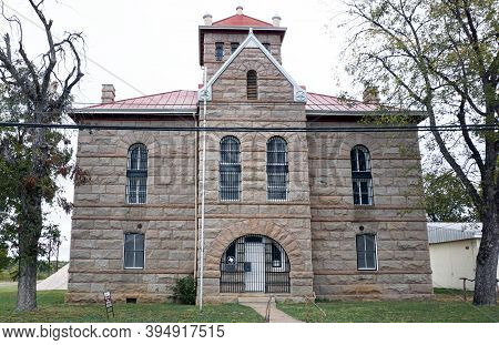 Liano,texas - Nov. 11,2020  Old Liano County Red Top Jail Built In 1895.