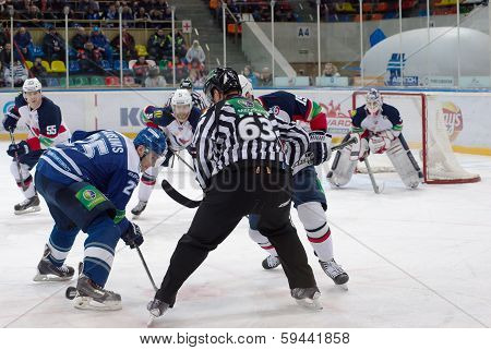 M. Karsums (25) On Faceoff