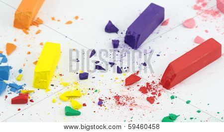 Crumbled color chalks