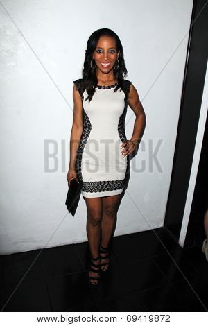LOS ANGELES - AUG 2:  Shaun Robinson at the Vivica A. Fox's Fabulous 50th Birthday Party at the Phillippe Chow on August 2, 2014 in Beverly Hills, CA