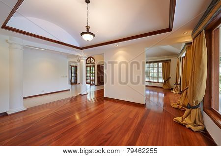 Interior design: Big empty living room