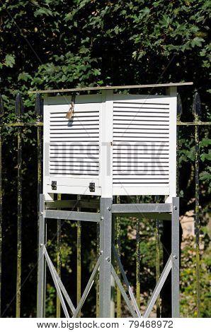 Buxton weather station.