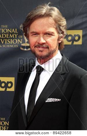 BURBANK - APR 26: Stephen Nichols at the 42nd Daytime Emmy Awards Gala at Warner Bros. Studio on April 26, 2015 in Burbank, California