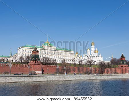 Beautiful Moscow Kremlin Wound Spring