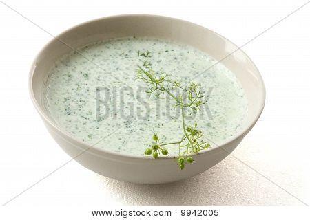 Yogurt Herbs Dip