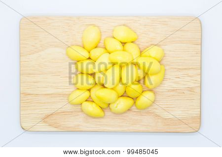 Boiled Ginkgo nun on wooden board