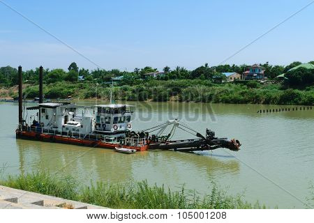 Dredge Boat