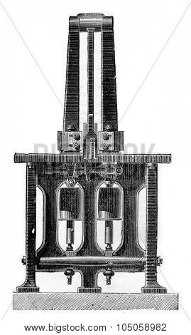 Machine currying rims, Front view, vintage engraved illustration. Industrial encyclopedia E.-O. Lami - 1875.