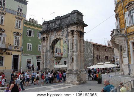 Triumphal Arch In Pula