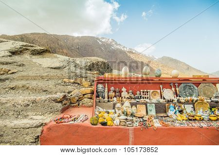 High Atlas mountains, Morocco - stand with souvenirs in Tizi-n-Tichka pass