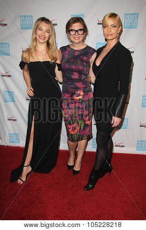 LOS ANGELES - OCT 16:  Sadie Calvano, Gemma Baker, Jaime Pressly at the 44th Annual Peace Over Violence Humanitarian Awards at the Dorothy Chandler Pavilion on October 16, 2015 in Los Angeles, CA