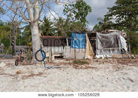 Indonesian House - Shack On Beach