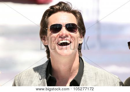 CANNES-MAY 18:Actor Jim Carrey attends the 'A Christmas Carol' photo call at the The Carlton Hotel during the 62nd Annual Cannes Film Festival on May 18, 2009 in Cannes, France