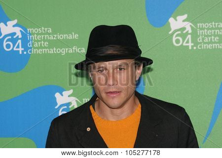 VENICE - SEPT 4:Heath Ledger attends the I'm Not There photocall in Venice during the 64th Venice Film Festival on September 4, 2007 in Venice, Italy