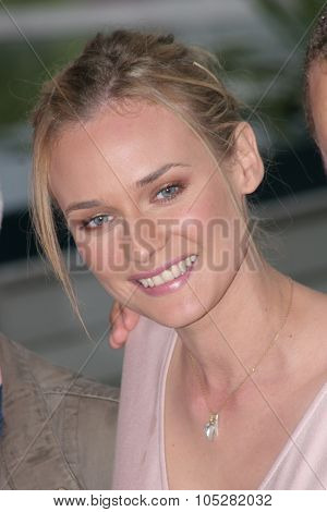 CANNES, FRANCE - MAY 16: Actress Diane Kruger attends a photocall promoting the film 'Joyeux Noel' at the Palais during the 58th International Cannes Film Festival May 16, 2005 in Cannes, France