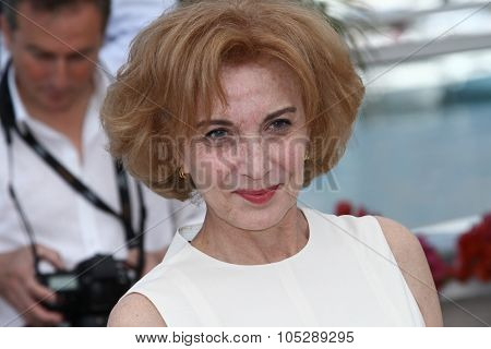 CANNES, FRANCE - MAY 19: Actress Marisa Paredes attends 'The Skin I Live In' Photocall at Palais des Festivals during the 64th Cannes Film Festival on May 19, 2011 in Cannes, France