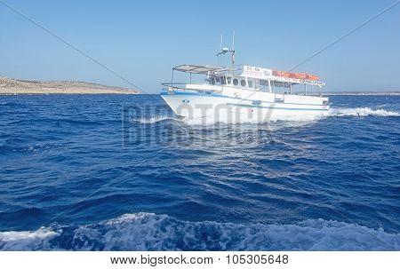 Comino Ferry
