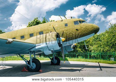 MINSK, BELARUS - June 2, 2015: Lisunov Li-2 of Soviet Air Force standing near building Belorussian Museum Of the Great Patriotic War In Minsk, Belarus poster