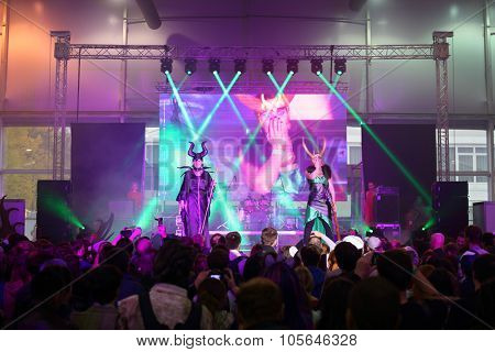 MOSCOW - OCT 12, 2014: Performances of participants EveryCon 2014 on the stage in the exhibition center Sokolniki