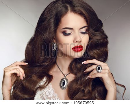 Healthy Long Hair. Makeup. Jewellery And Bijouterie. Beautiful Brunette Girl Model With Luxury Fashi