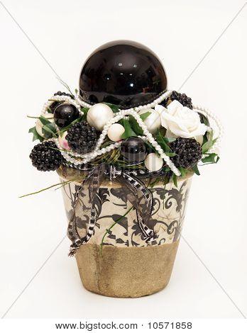 Decoration pot