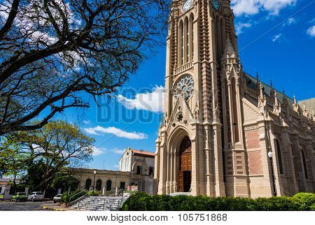 Beautiful Church, Traveling Buenos Aires City.