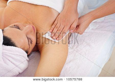 Waxing Armpit