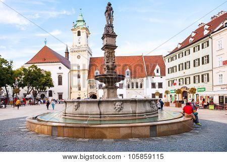 Tourists Near Roland Fountain In Bratislava