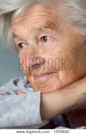 Liebenswert Senior Woman