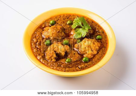 indian main course gobi masala or cauliflower curry