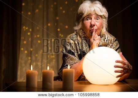 Telling Fortune From Magic Ball