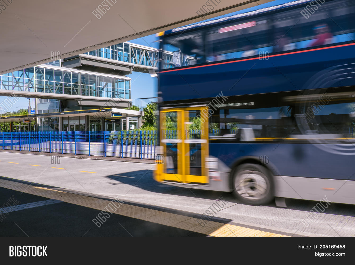 Blurred Moving Bus Image & Photo (Free Trial) | Bigstock