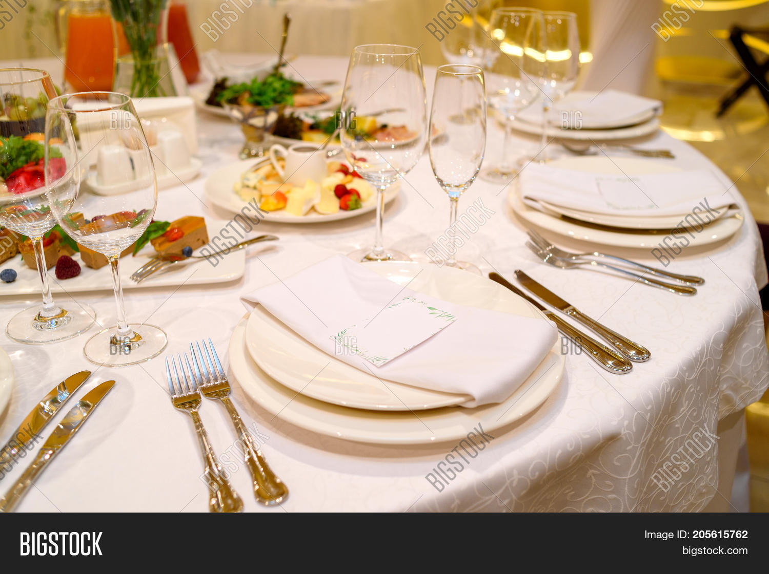 Dinner Place Setting With Blank Guest Card On White Table Napkin At Wedding Reception Copy & Dinner Place Setting Blank Guest Image \u0026 Photo | Bigstock