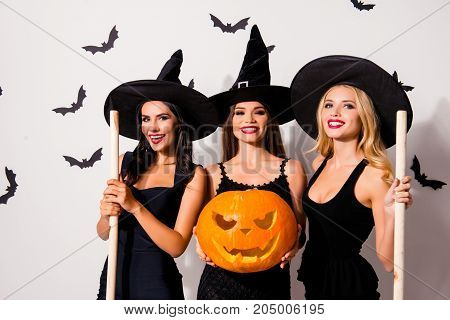 Group Of Three Flirty Coquettes In Masquerade Elegant Dresses, With Red Lips, Cutted Decorative Jack