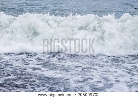 Big Wave Close Up From The Shore