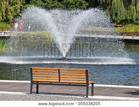 Fountain and a bench in the park
