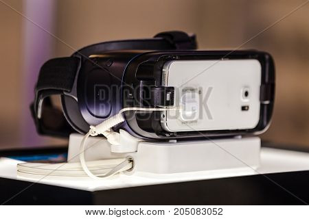 Vr On The Stand