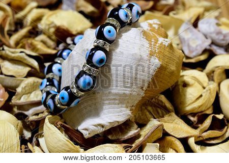 Bracelet against the evil eye, Nazar boncugu