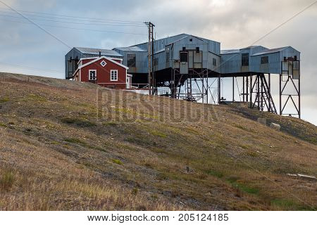 Cableway center in Svalbard used to transport coal