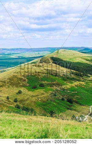 Mam Tor Hill Near Castleton And Edale In The Peak District Natio