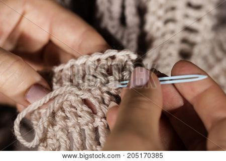 Weaving In Yarn Ends